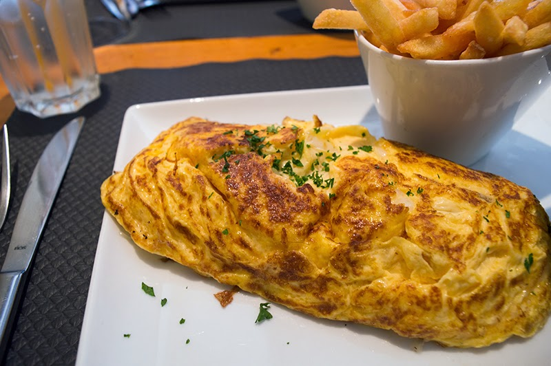 chamonix-france-travel-diary-lifestyle-blog-blogger-photo-diary-omelette-foodie