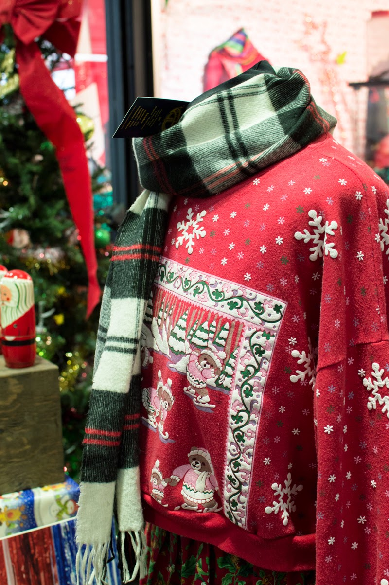 beyond-retro-christmas-jumper-pop-up-old-street-station-st-bloomzy-7