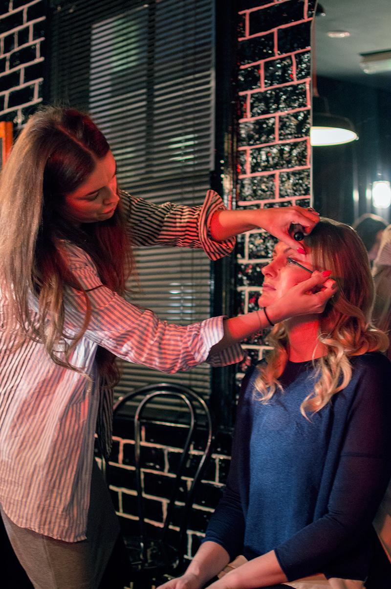 benefit-curls-best-friend-parlour-roller-lash-mascara-birchbox-birchbloggers-bloomzy-5
