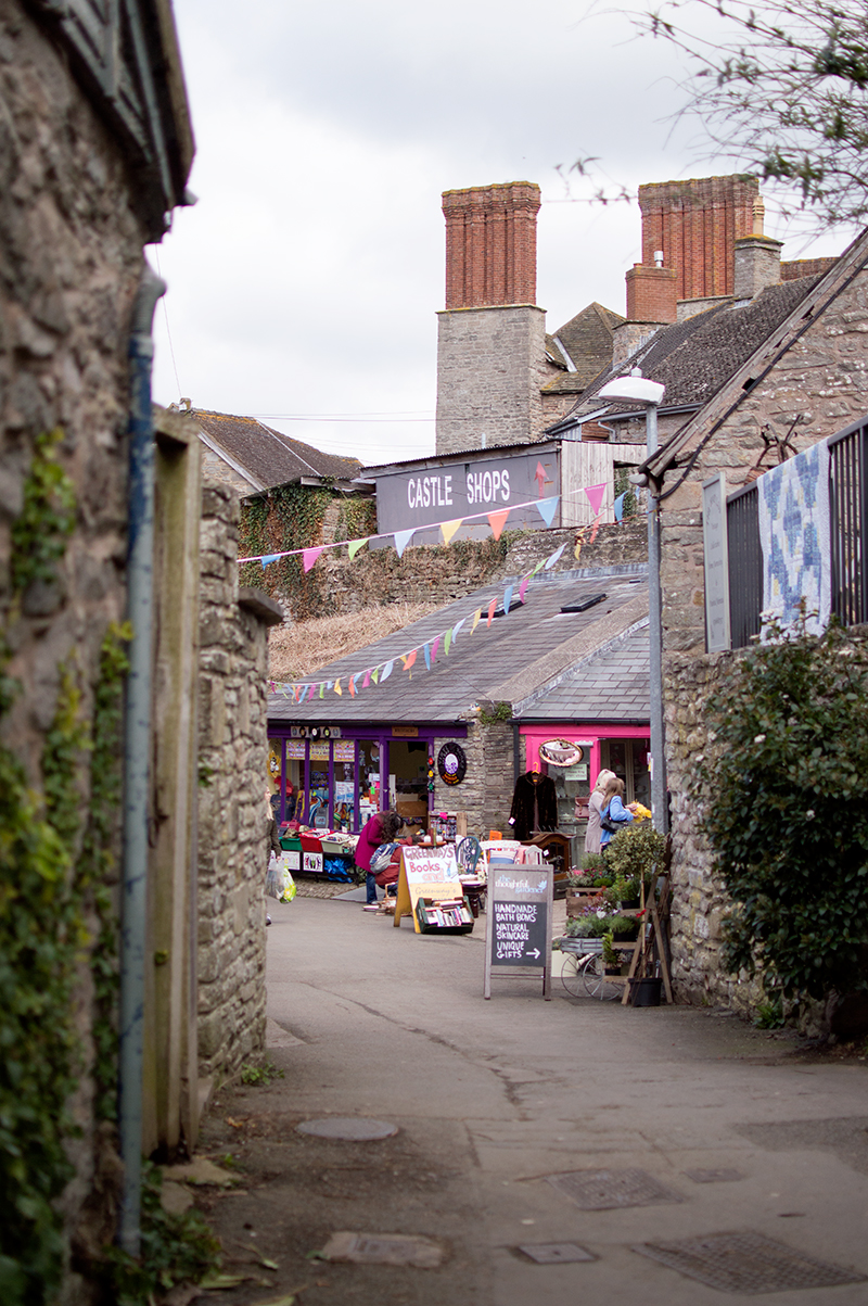 bloomzy-wales-travel-photo-diary-photography-hay-on-wye-town-of-books-2