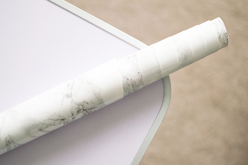 diy-marble-table-tutorial-vinyl-contact-paper-bloomzy-3