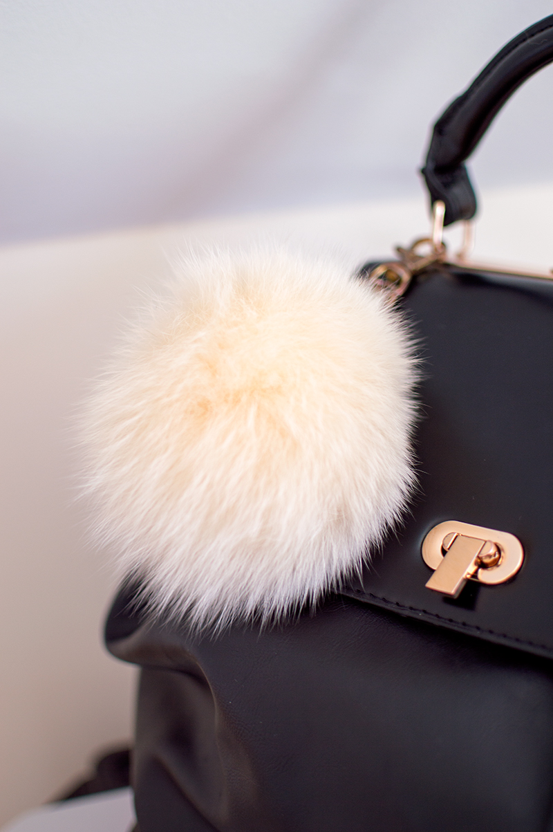 fashion-style-spring-trends-transition-fur-pom-pom-keyring-accessory