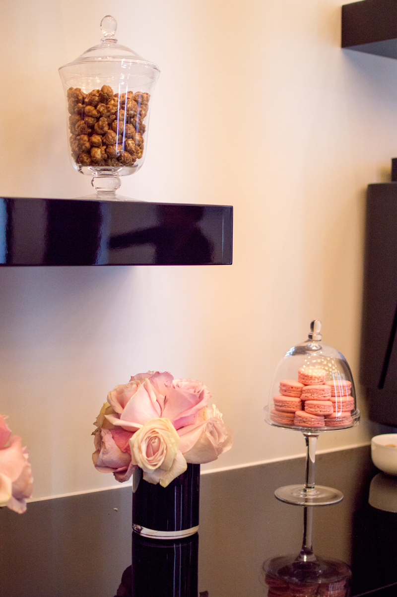 show-dry-salon-notting-hill-haircare-products-beauty-blow-dry-bloomzy-1