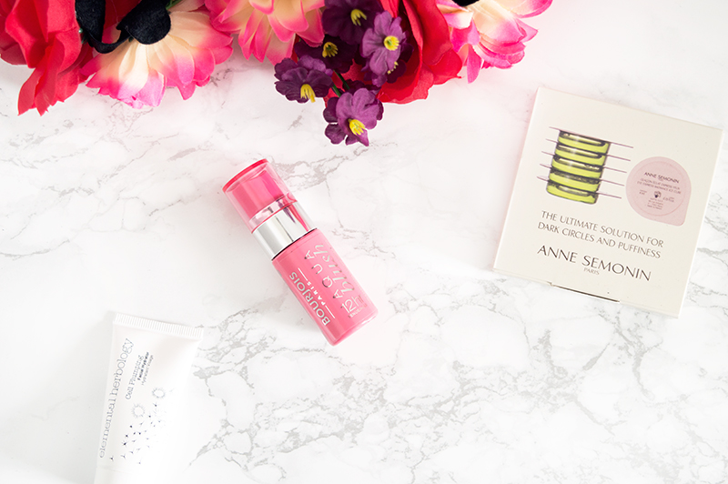 latest-in-beauty-get-the-gloss-summer-it-kit-4