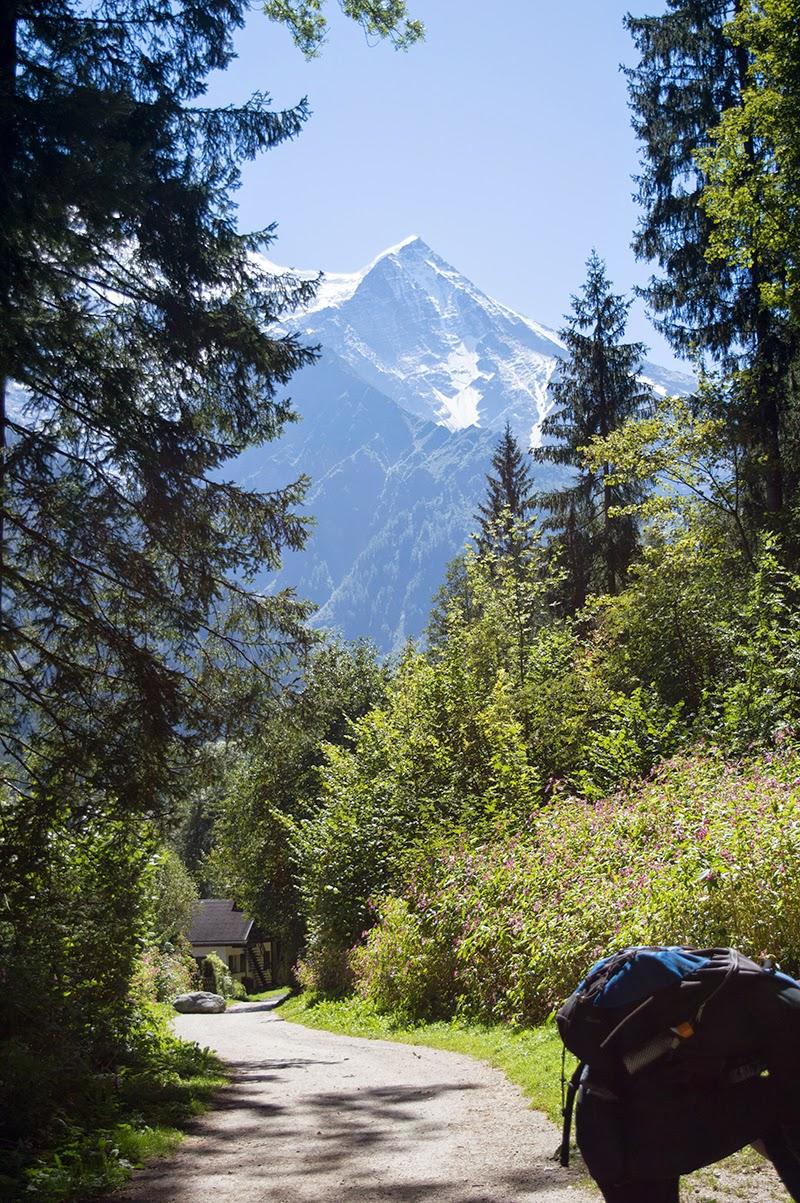 chamonix-france-travel-diary-blogger-blog-lifestyle-glacier-des-bossons-monkey-burger-6