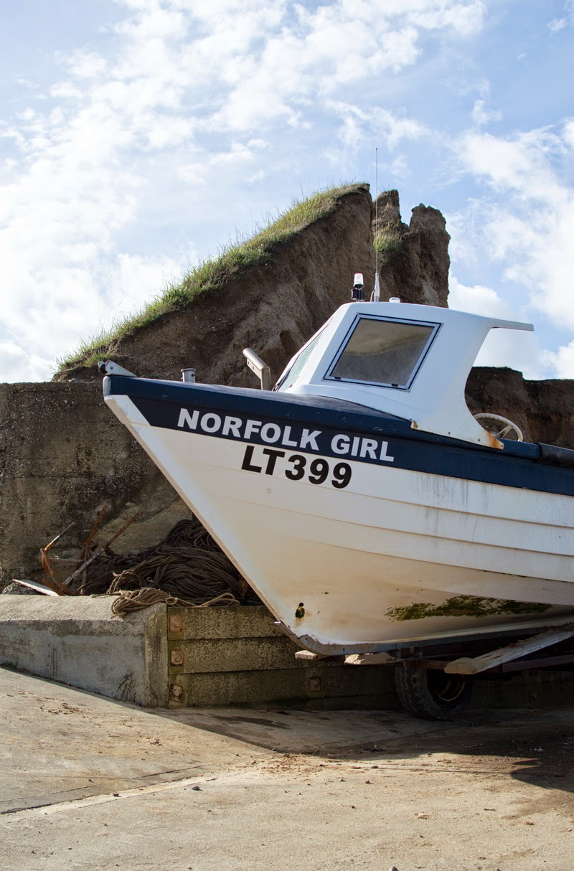 travel-diary-photo-photography-blog-blogger-norfolk-west-runton-beach-norwich-bloomzy-1