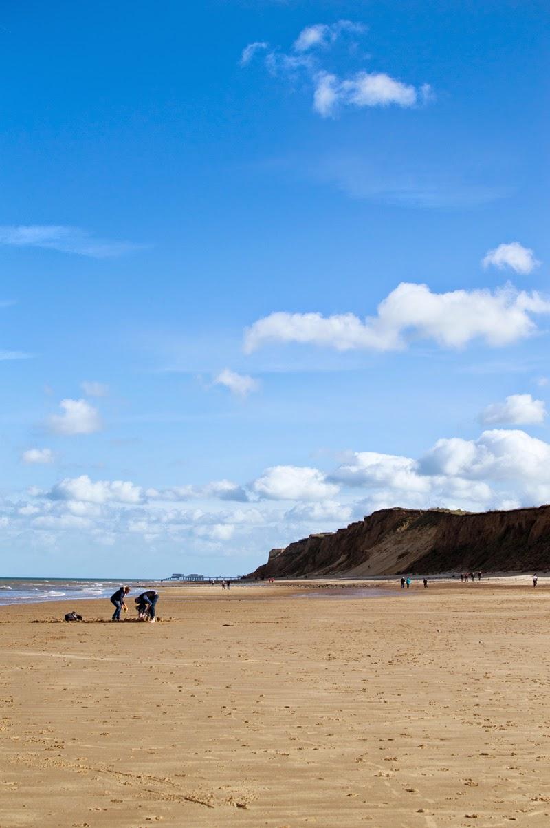 travel-diary-photo-photography-blog-blogger-norfolk-west-runton-beach-norwich-bloomzy-2