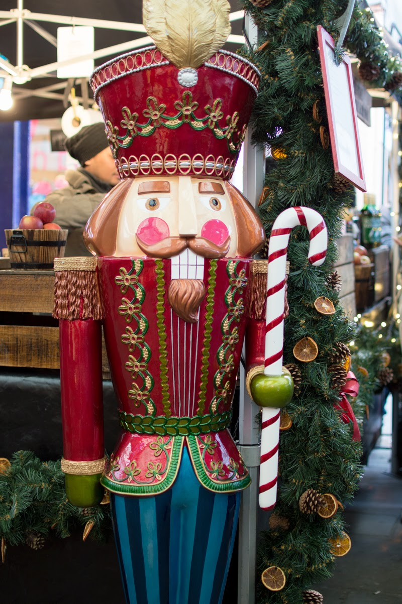 christmas-a-london-life-photography-series-boxpark-shoreditch-spitalfields-greenwich-nutcracker