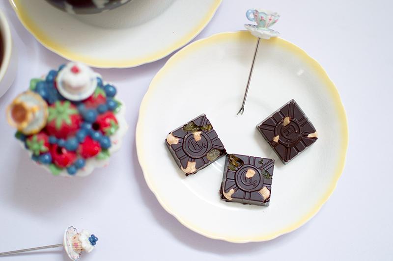 hotel-chocolat-dairy-free-milk-chocolate-scrambled-easter-egg-bloomzy-6