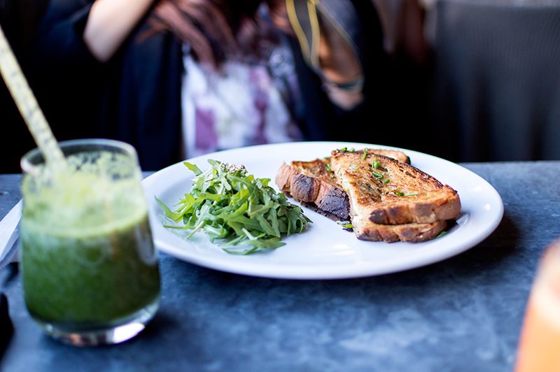 a-london-life-dalston-photo-diary-photography-food-lifestyle-blog-bloomzy-latelier-cafe