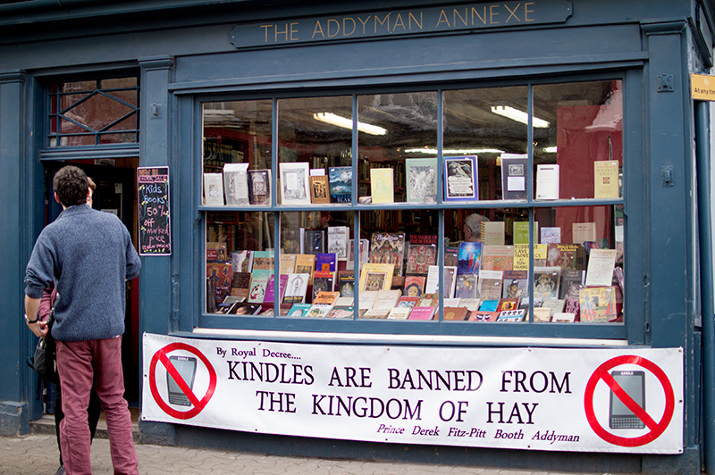 bloomzy-wales-travel-photo-diary-photography-hay-on-wye-town-of-books-3