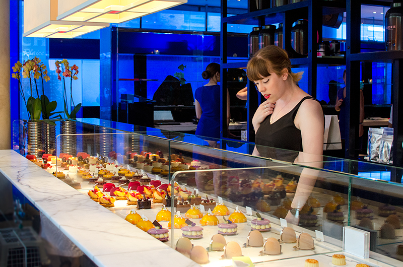 yauatcha-london-soho-afternoon-tea-patisserie-mooncakes-2